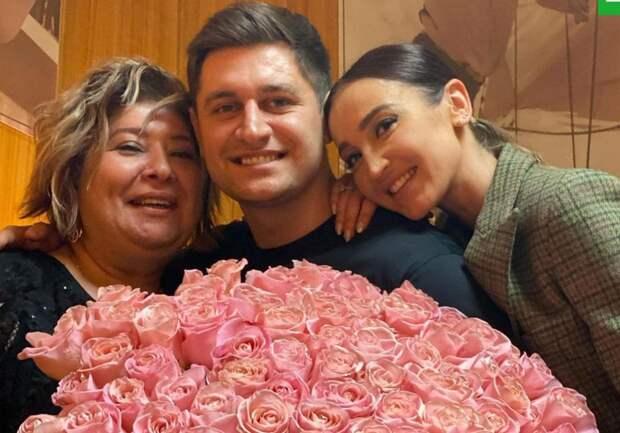 Мама Манукяна публично оскорбила Ольгу Бузову в отместку за сына