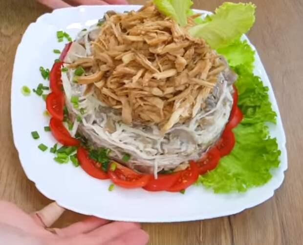 Такие салаты готовлю на Новый год! 3 рецепта из самых простых продуктов