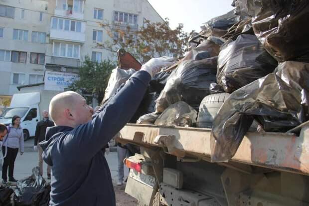 Вслед за инвесторами от Севастополя шарахаются подрядчики