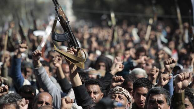 СМИ сообщили об уничтожении БПЛА хуситов на подлете к аэропорту Абха в Саудовской Аравии