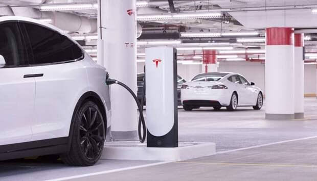 Продажи электромобилей Tesla в Китае снизились по итогам апреля