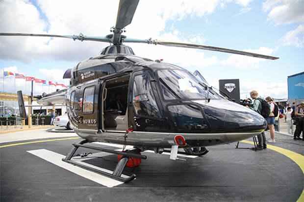 На нынешнем МАКСе представили «Ансат» в VIP-варианте Aurus, а один задействовали как аэротакси — для доставки посетителей на авиасалон