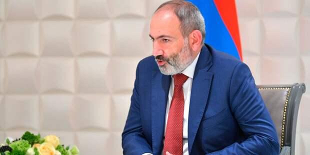 Пашинян рассказал об отношениях с военными
