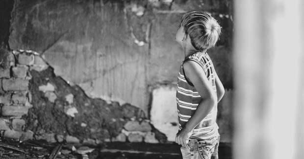«30% зданий в стране заброшены. И все открыты — заходи, играй». Как и почему пропадают дети