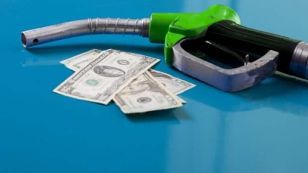Нефтекомпании хотят перенести уплату топливных акцизов спроизводителей напродавцов