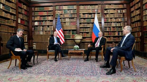 Рейтинг Путина превысил рейтинг Байдена среди республиканцев США