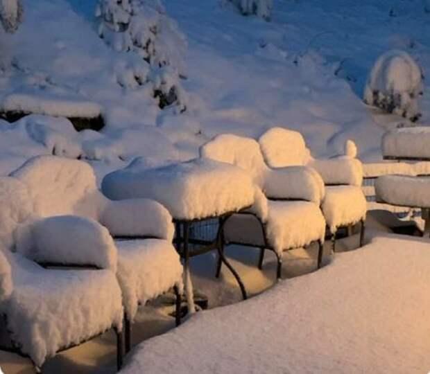 В США за сутки жару сменил сильный мороз со снегом (ВИДЕО)