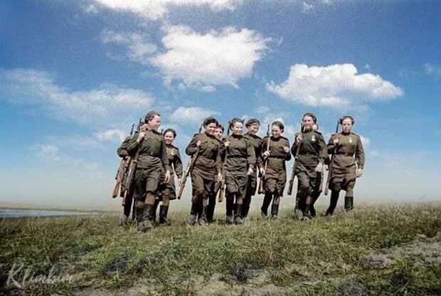 Колоризированные фото Ольги Ширниной (24 фото)