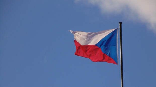 Чехия попросила Россию разъяснить, как посольство будет работать дальше