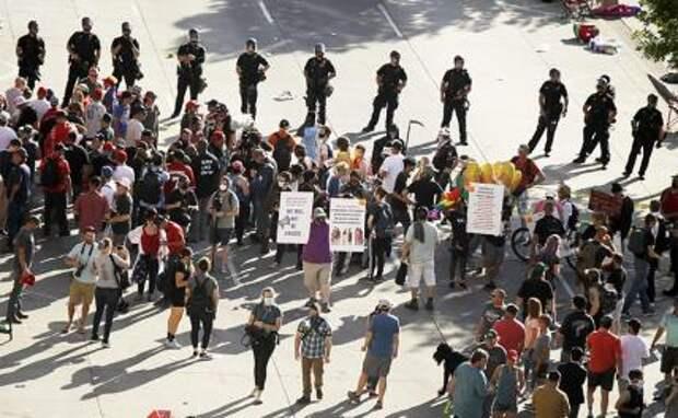 Левый протест и мелкобуржуазная стихия