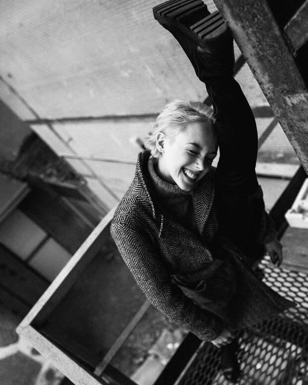 «Фамилия не поможет и не помешает»: Анастасия Талызина о родословной и работе в кино