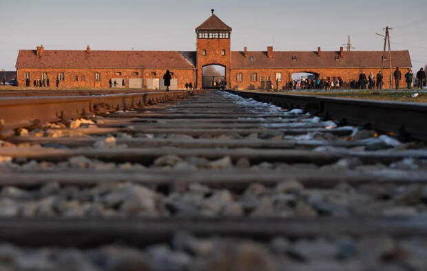 Голос Мордора: Испанский адвокат Адольфа Гитлера