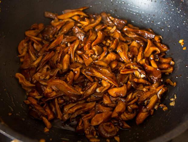 Вешенки в кисло-сладком соусе