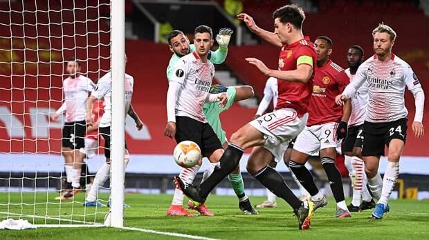 Капитан «Манчестер Юнайтед» не забил в пустые ворота с 1 метра: видео странного промаха Гарри Магуайра