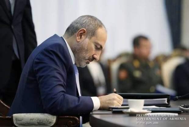 Пашинян: ВАрмении действуют агенты информационной борьбы Азербайджана
