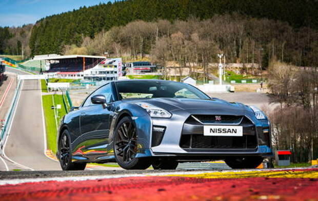 Обновленный Nissan GT-R: другая машина
