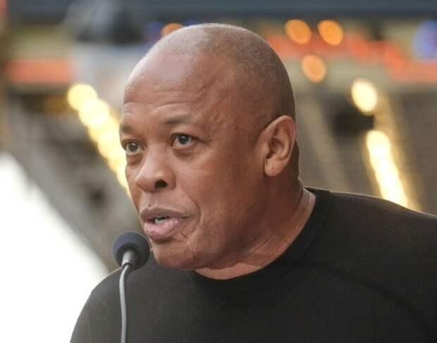 Рэпер Dr. Dre оказался в больнице