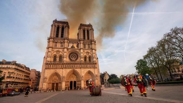 Французы снимут документальный сериал про восстановление Нотр-Дама