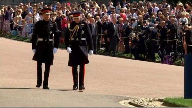 Принцы Гарри и Уильям вместе ушли с церемонии прощания с дедушкой