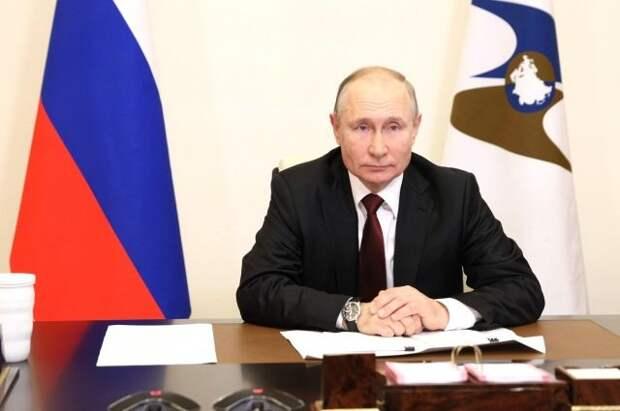 Путин и Жапаров обсудили ситуацию на границе Киргизии и Таджикистана