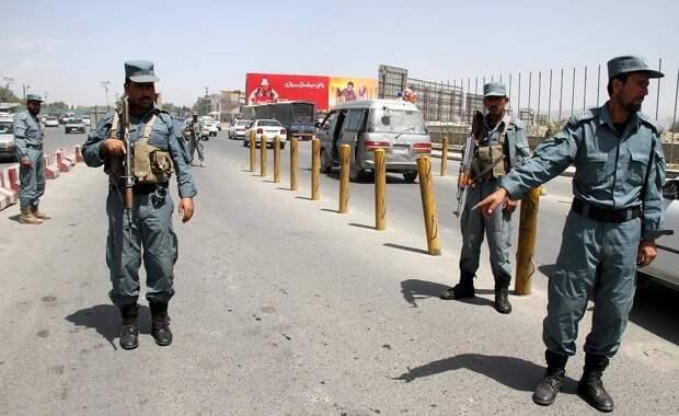 Террористы взорвали автобус с гражданскими в Афганистане