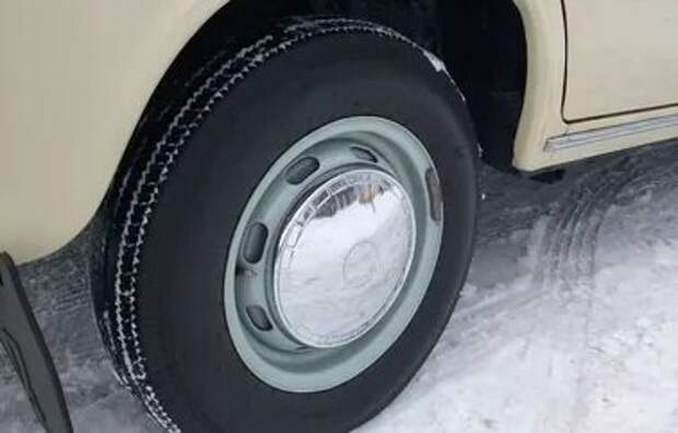 Каким образом во времена СССР водители ездили зимой на обычной резине и не попадали в ДТП