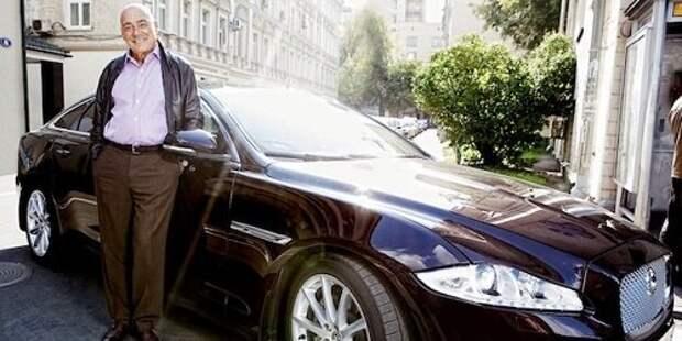 Бюджет и бензин Владимира Познера. Почему он никогда не уедет из нелюбимой России
