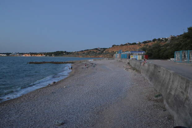 Минобороны разрешит гражданским посещать отобранный у Севастополя пляж