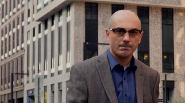 Гаспарян посоветовал Шендеровичу и Гозману изучить историю ВОВ