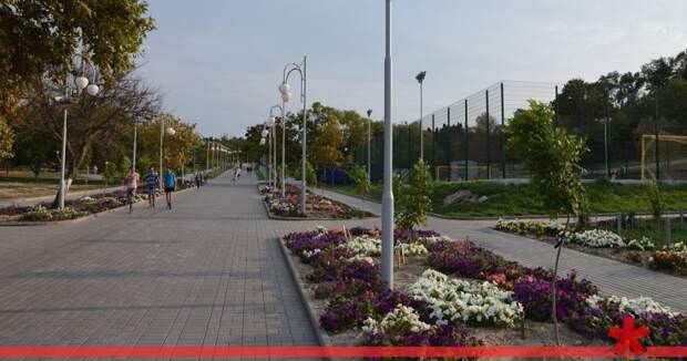Суд обязал капстрой Севастополя сделать парк Ахматовой доступным для инвалидов