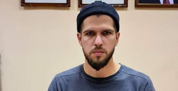 Блогер Руслан Усачев покинул Россию