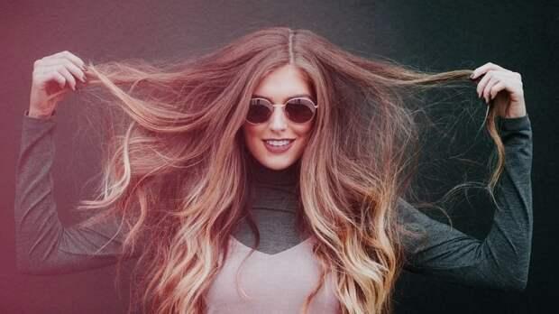 Диетолог объяснил, как сохранить здоровье волос при помощи витаминов