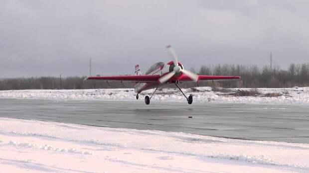 Су-29: двухместный самолет для акробатики и не только