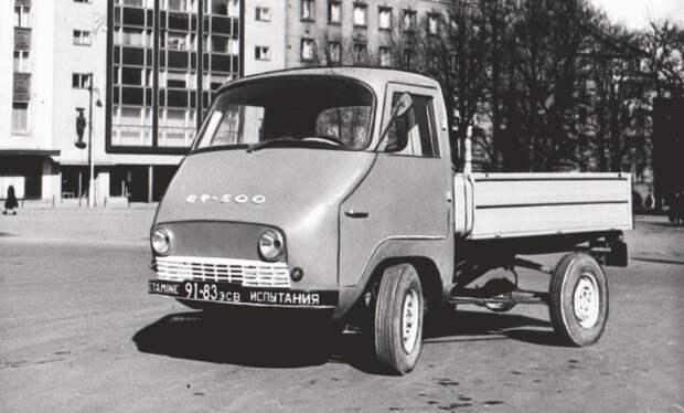 В начале шестидесятых годов был разработан компактный грузовик ЭТ-500 / Фото: ymorno.ru
