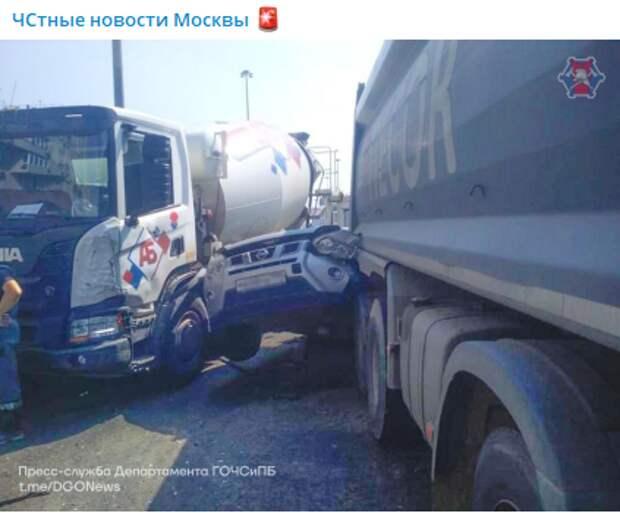 Авария с грузовиками на Ленинградке обошлась без жертв