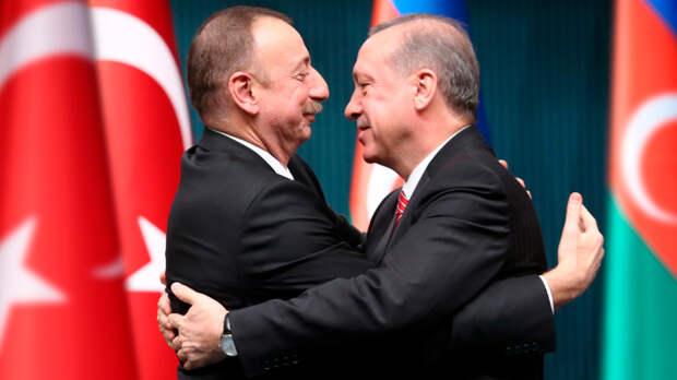 Азербайджан вступил в военный союз с Турцией. Великий Туран против России?