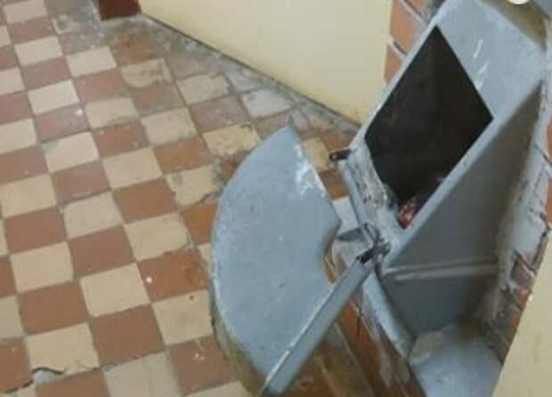 После ремонта мусоропровод уже не досаждает жителям дома в Таможенном проезде