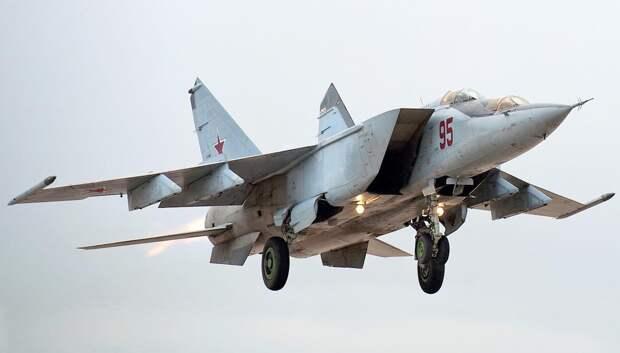 Столкновение МиГов в небе над Савватией
