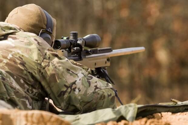 Пограничников Украины расстреливают снайперы радикалов из «Правого сектора»