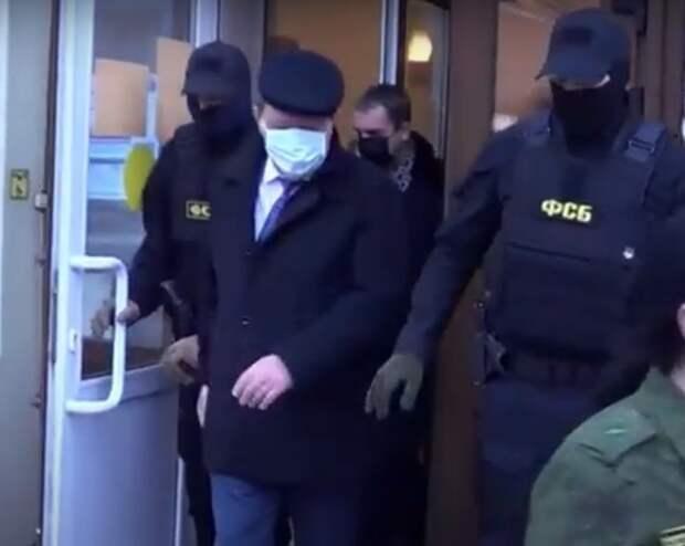 Песков назвал жёстким задержание мэра Томска