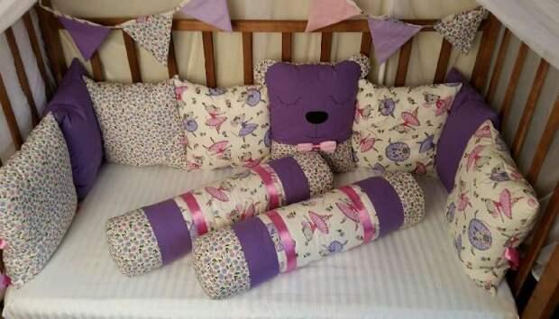 Как сшить подушку валик своими руками