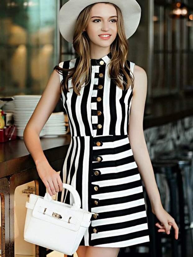 Полосатые платья с оригинальным дизайном