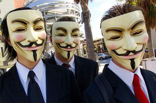 Хакеры объявили войну Илону Маску из-за влияния на биткоин