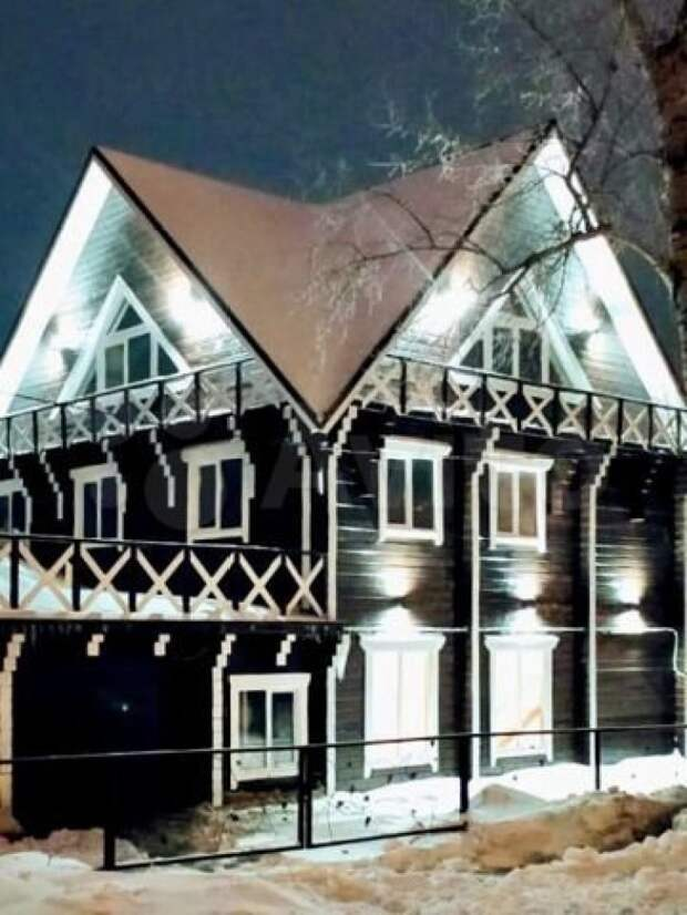 В Барнауле ищут желающих снять коттедж с лобным местом
