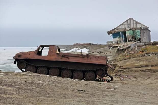 Российские военные очистили Арктику от3тысяч тонн металлолома: Новости ➕1, 14.05.2021
