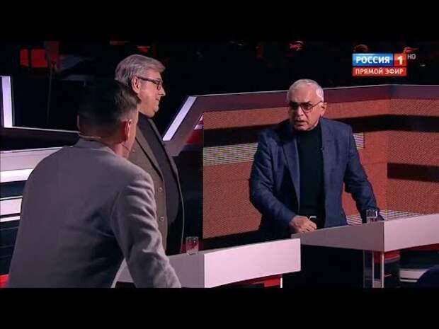 Карен Шахназаров охамевшему поляку: Якуб ты что себе позволяешь, с ума что ли сошли в своей Европе