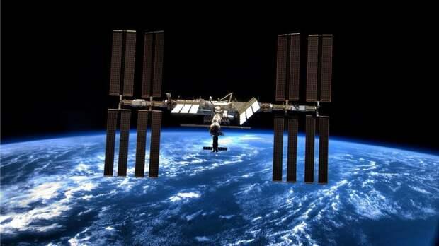 Открытие люков с МКС в модуль «Наука» перенесли на сутки