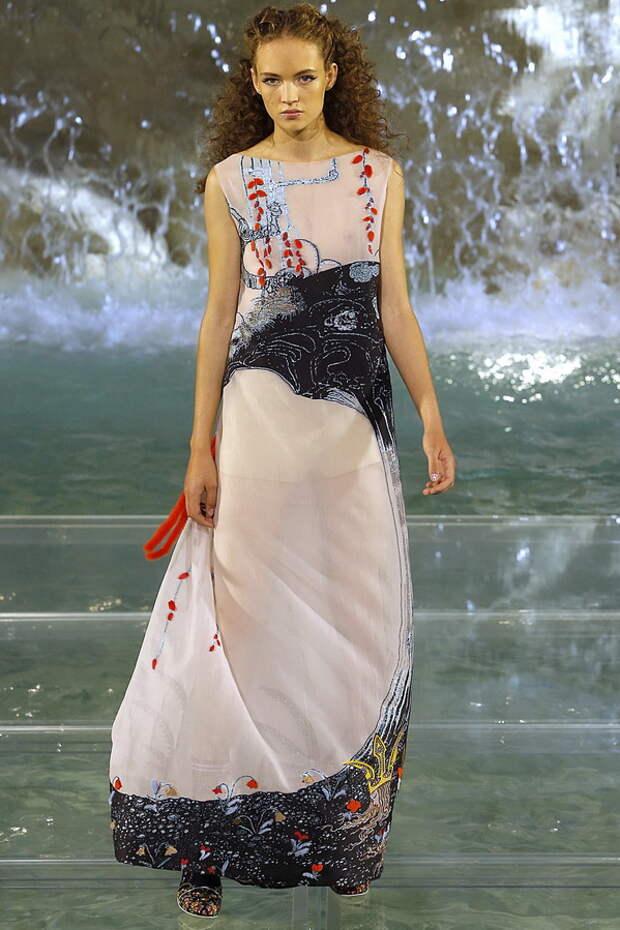 Потрясающие шубы Fendi для настоящей царицы