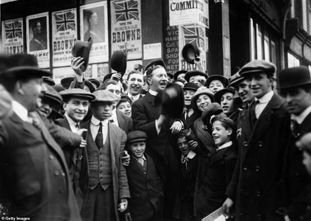 Лондонский Ист-Энд и его жители: фотографии начала XXвека