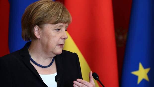 В Киеве вспомнили единственного уважаемого даже Меркель президента Украины